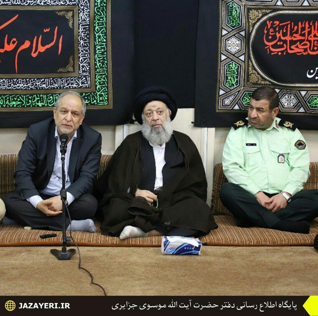 دیدار فرماندهان نیروی انتظامی استان خوزستان با نماینده ولی فقیه به مناسبت هفته نیروی انتظامی